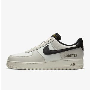 *LIKE NEW* Nike Air Force 1 GTX Shoe